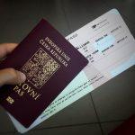 Palubní lístek a pas